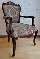 The Grand Louis Chair - Walnut & Mocha